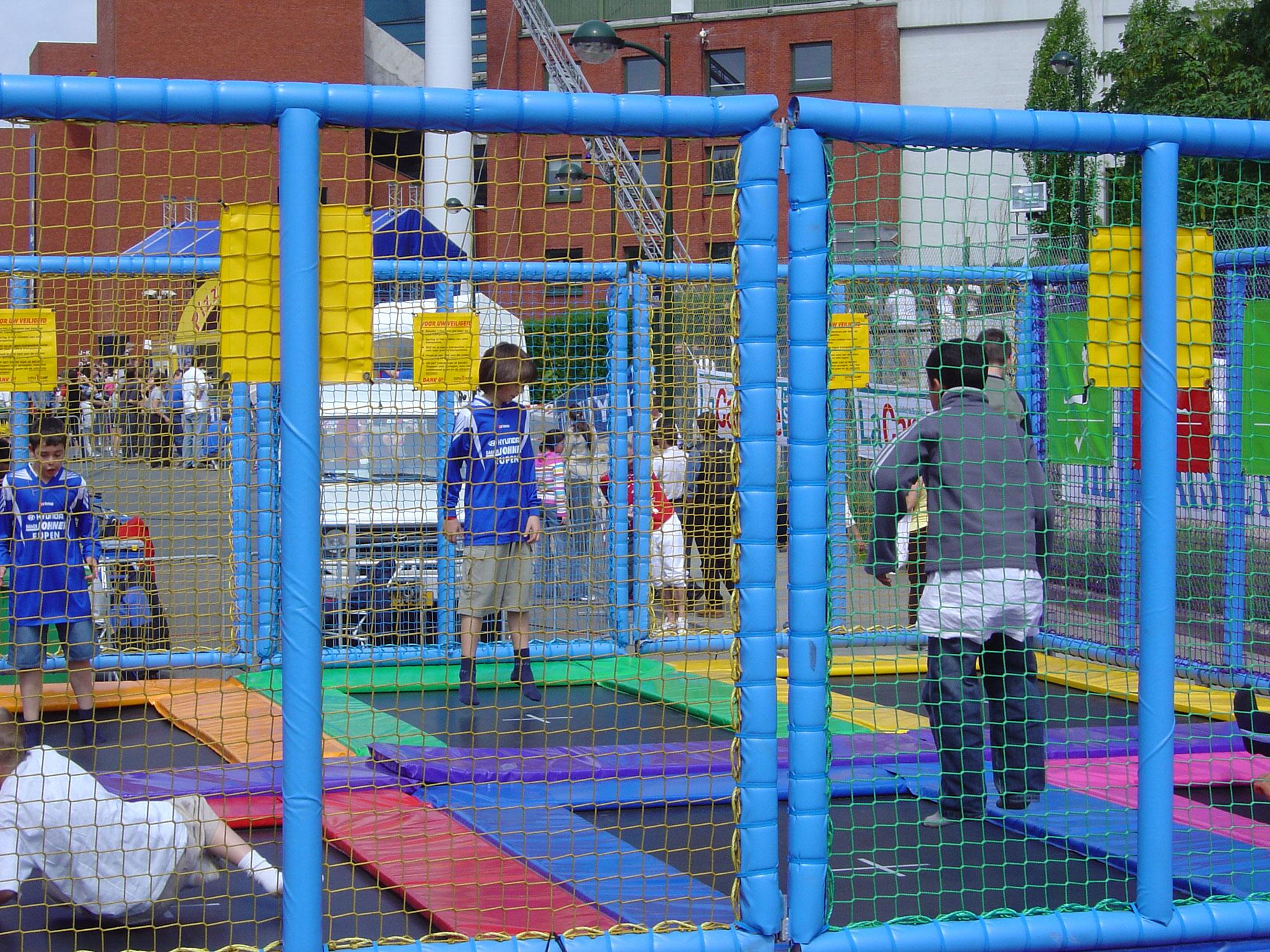 trampoline-4